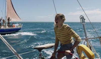 女星海上漂流41天 親駕帆船邊拍邊吐