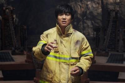 《與神》續集在台10天捲3億 車太鉉自爆「擔心第2集票房」