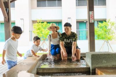 兆品礁溪插旗蘭陽平原  旅人住在景點裡盡享溫泉、暢玩積木