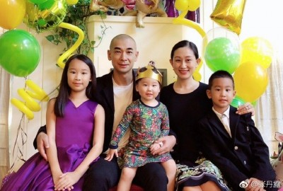 46歲趙文卓結婚10年擁3兒女 辣妻中秋曝「3喜臨門」