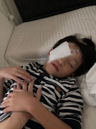 6歲兒鉛筆插眼弄傷眼角膜 女星崩潰「寧願受傷的是我」