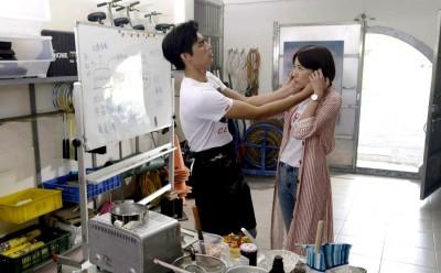 羅宏正自爆見過女友家長 親手做蛋糕孝敬未來岳母