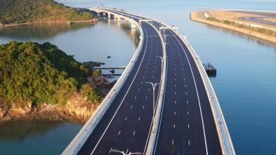 「港珠澳大橋」通車香港人當冤大頭 她一句話戳破盲點