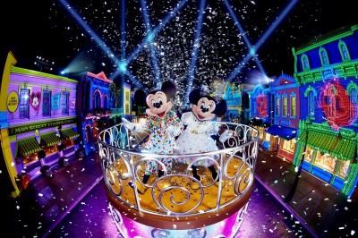 香港迪士尼「米奇90派對盛事」  米奇米妮新裝登場亮相