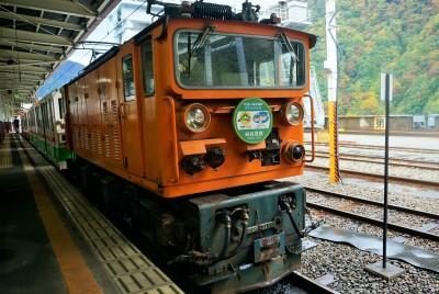 搭乘小火車闖進日本秘境  黑部峽谷探險趣