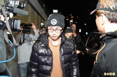 孫安佐機場見大批媒體 被發現「翻白眼一路憋笑」