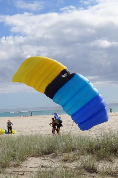 人生刺激體驗  高空跳傘