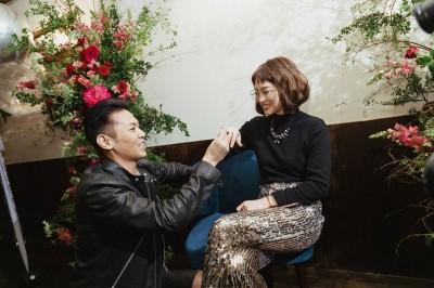 (獨)恭喜!陳德烈下跪求婚 成功娶「無雙樂團」前團員