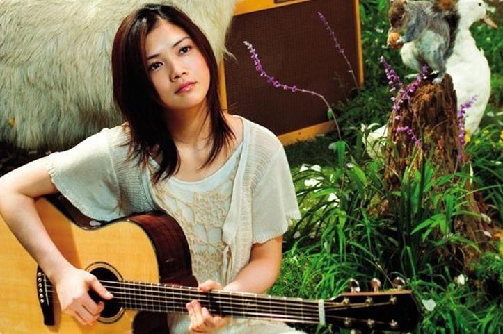 Yui (歌手)の画像 p1_10