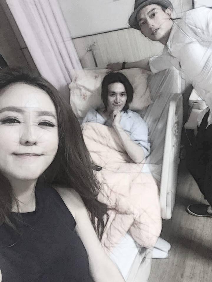 自由時報電子報-2016年6月17日-受傷後首曬照 陳楚河躺病床手竟不安份...