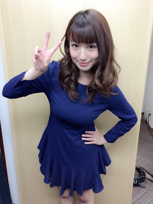 日本寫真女星瀧澤乃南。(圖片取自推特)