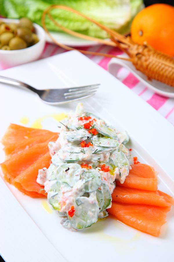 茴香酸奶黃瓜燻鮭魚沙拉