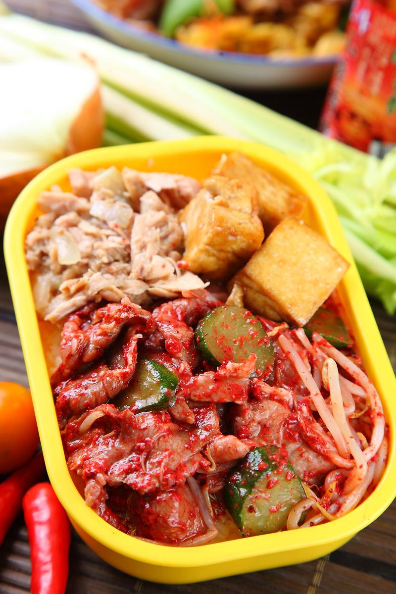 紅麴炒豬肉
