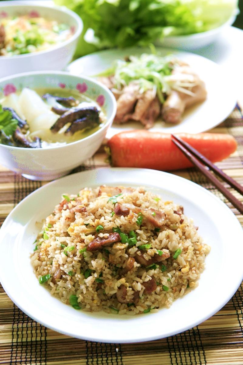 【剩菜新食】肉絲蛋炒飯