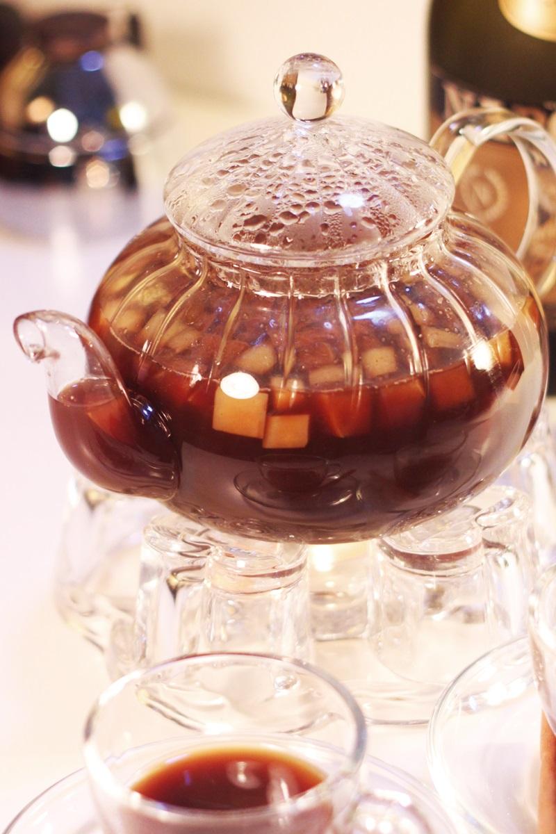 創意熱咖啡:友誼萬歲