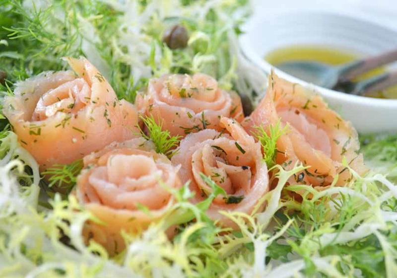 煙燻鮭魚玫瑰卷沙拉