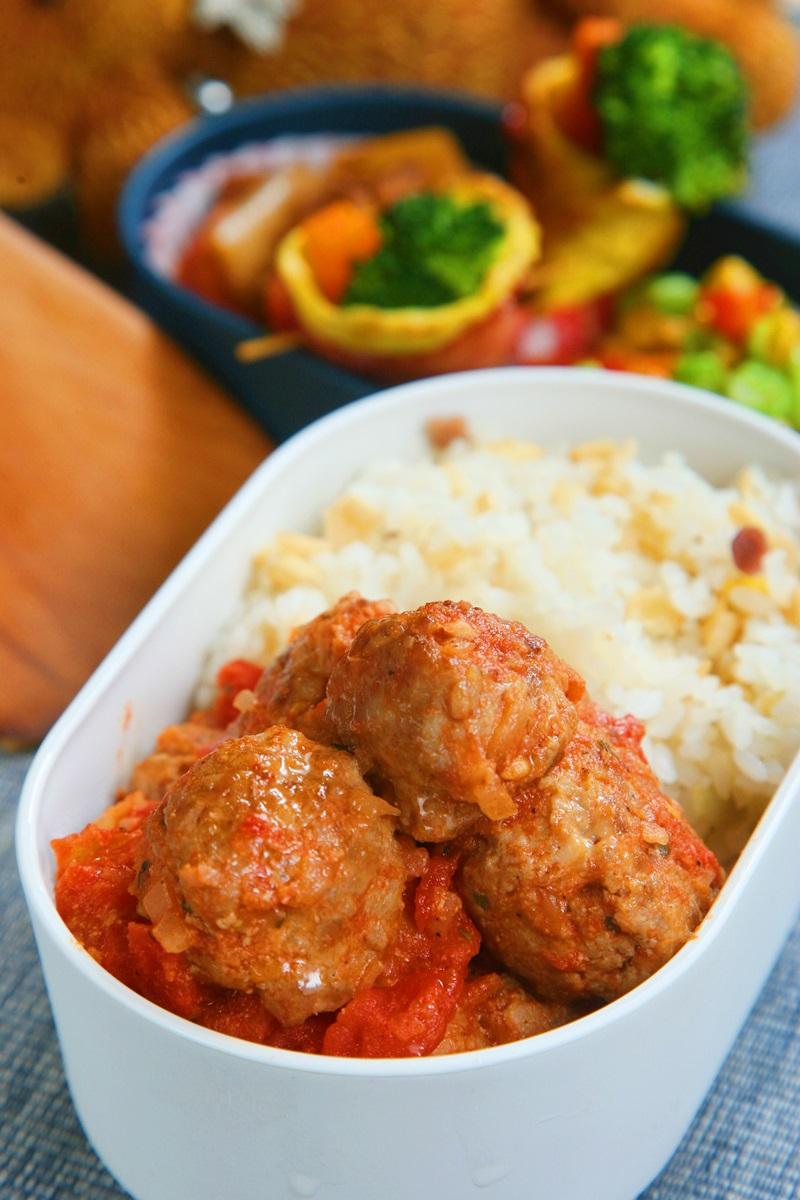 起士肉丸燴番茄醬汁