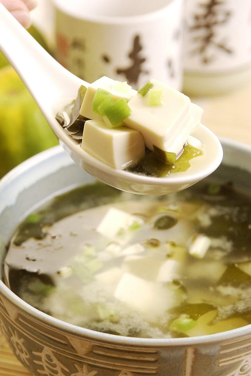 味噌海帶豆腐湯