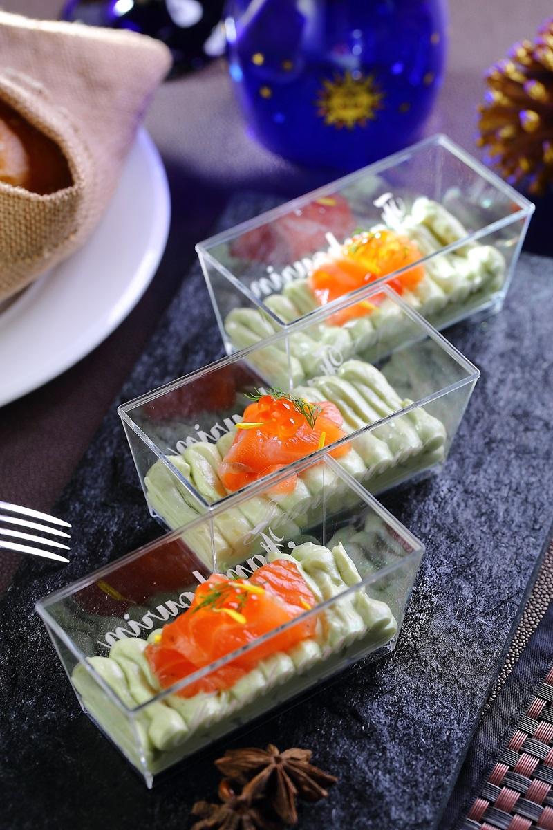 醃漬鮭魚佐酪梨慕斯