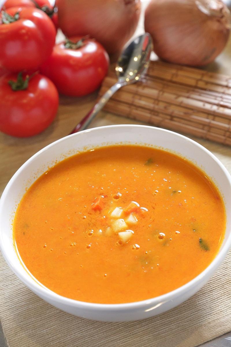 青蔬羅勒番茄暖湯