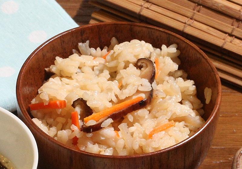 日式伍目炊飯