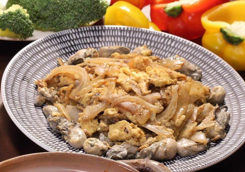 健身食譜 · 洋蔥牡蠣炒蛋