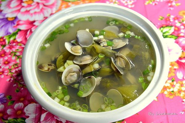 酸菜蛤蜊湯
