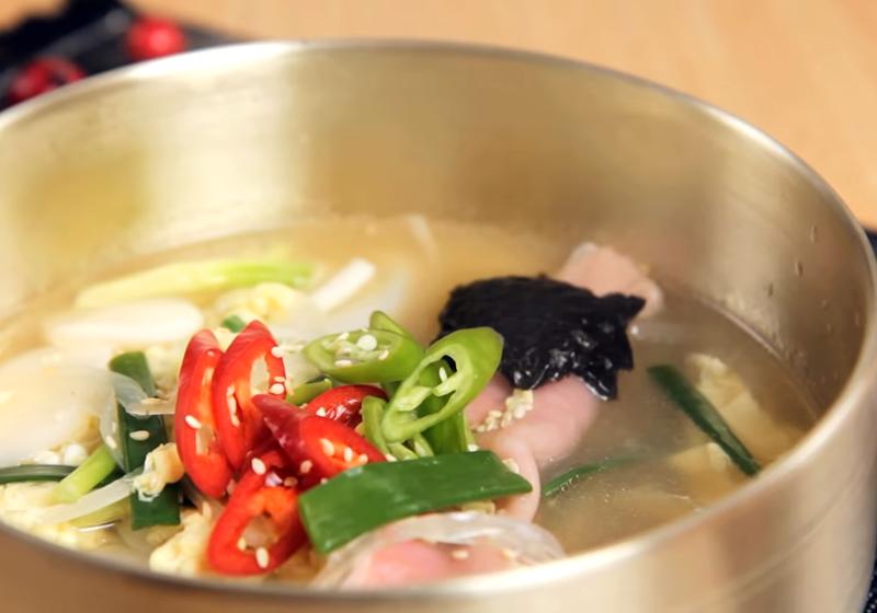 韓式餃子年糕湯