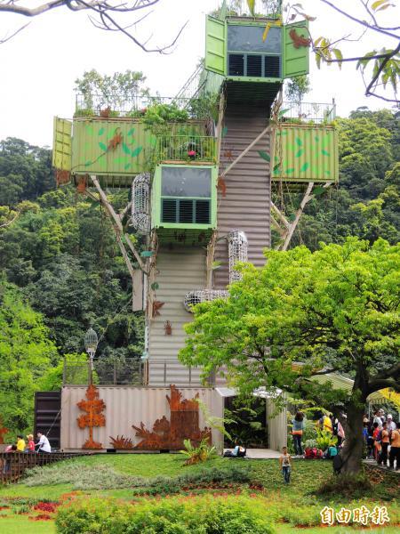 宜蘭綠色博覽會今年最受小朋友歡迎的設施,要屬「大樹公寓」。(記者楊宜敏攝)