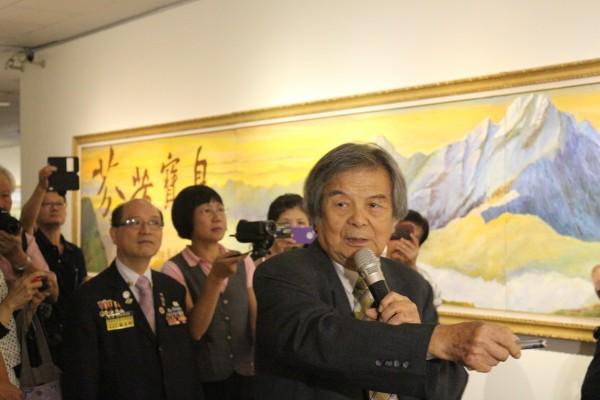 府城知名藝術家林智信鉅作「芬芳寶島」,他將於12月7日全程導覽。(圖由林智信提供)