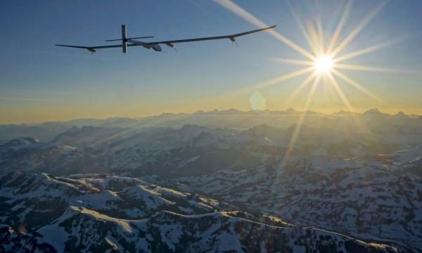拜耳太陽能飛機今晨飛抵環球之旅的第五站,中國重慶。(照片提供:拜耳材料與陽光動力2號)