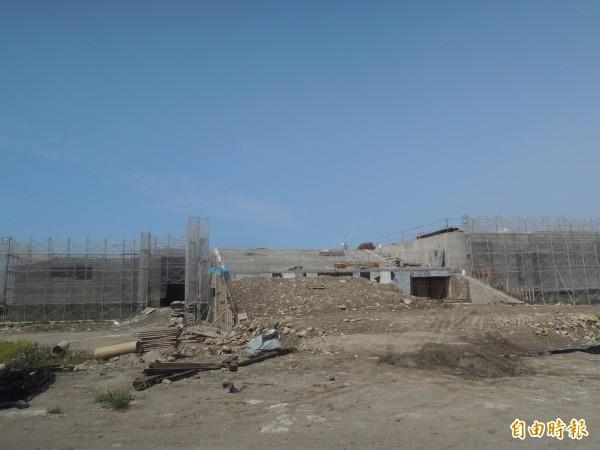 大安港媽祖園區正在施工。(記者張軒哲攝)