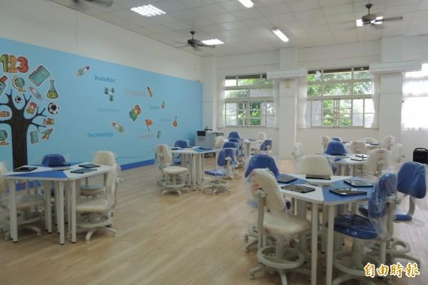 溫泉國小SMART School智慧教室十分明亮。(記者張存薇攝)
