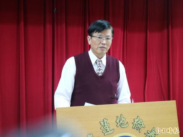 花蓮地檢署主任檢察官兼發言人許建榮今早說明選舉相關案件。(記者王錦義攝)