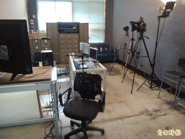 原公車處辦公室成為影像創作工作室(記者王榮祥攝)