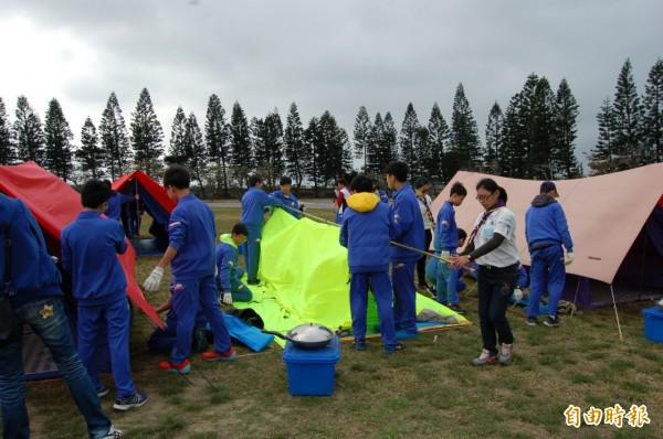 文生中學露營活動今歡渡20週年。(記者陳燦坤攝)