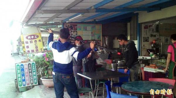 台首大微電影行銷麻豆的美食和人文產業特色。(記者楊金城攝)