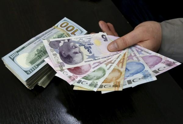土耳其總理傳將下台 里拉創8年來最大貶勢