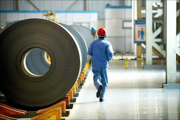 美國將對中國進口的冷軋扁鋼,徵收超過500%的關稅。(法新社)