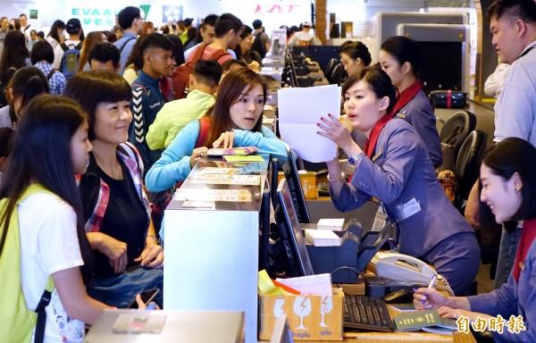 台灣出國的觀光客也大抵受到世界各國的讚譽(來源:自由時報)