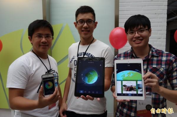 台大車庫培植新創團隊「OysterX」,由丁柏村(左起)、廖玄同、鄭棋元共同創辦,研發手機APP,把個人旅遊軌跡紀錄在3D地球上,讓所有旅行過的城市,都成為自己的獨特生命記憶。(記者吳柏軒攝)