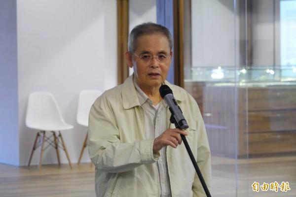 出生花蓮的詩人楊牧,本名王靖獻,20年前參與創建東華大學人文社會學院,多年來兼具學者、作家、翻譯家及文學評論家身分,更是許多5、6年級生最仰慕的詩人之一。(記者王峻祺攝)