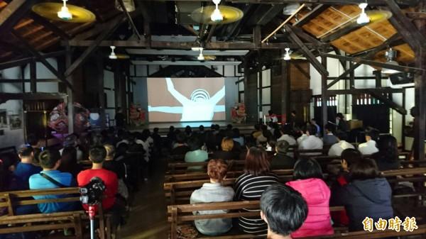台灣動畫盃台日動畫放映PK,由觀眾掌聲和評審評分。(記者楊金城攝)