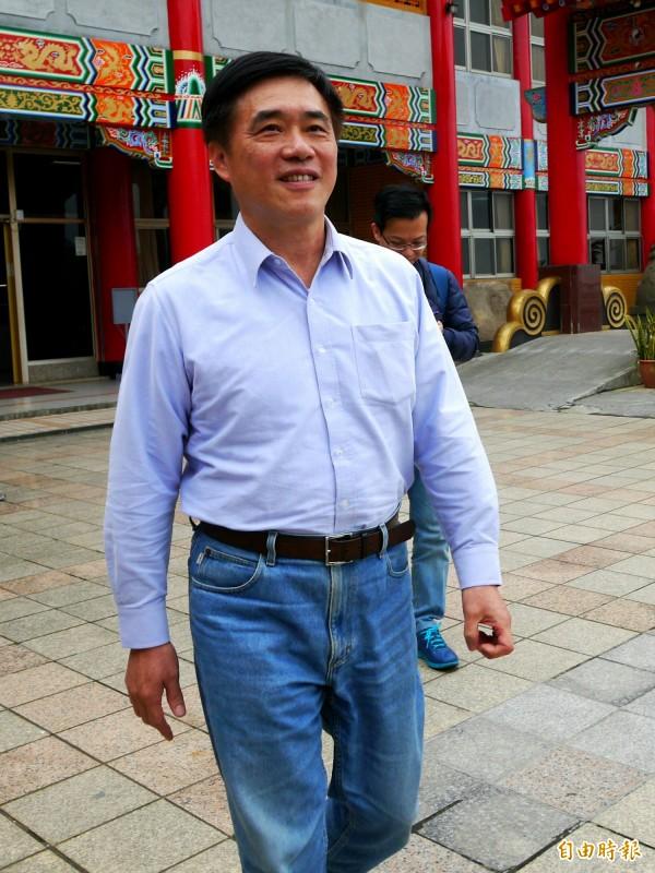 郝龍斌表示,目前看起來泛藍支持郭台銘選總統。(記者簡惠茹攝)