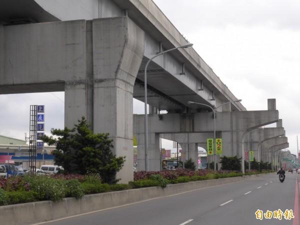 A5a站預定站址位在新北大道五段287巷口附近,在機場捷運線施工時就已預留站體空間。(記者李雅雯攝)