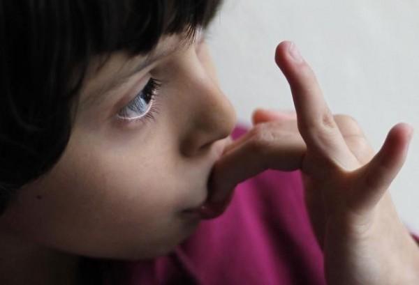 根據德國最新研究,女性的大腦皮層結構若像男性,罹患自閉症的機率高出3倍。(路透)