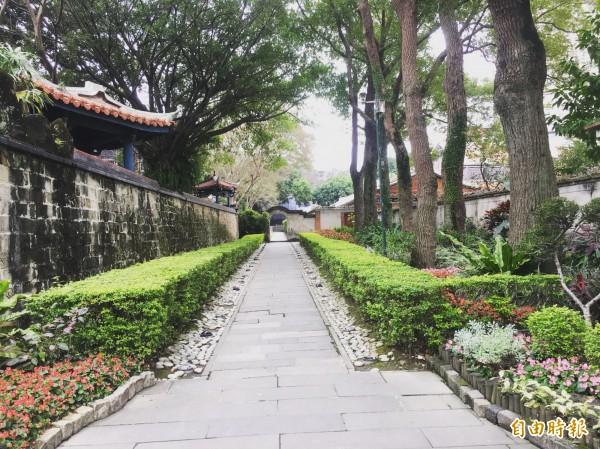 位於板橋的林家花園現正進行古蹟修復,暫不收費,平日仍吸引日韓遊客到訪。(記者聶瑋齡攝)