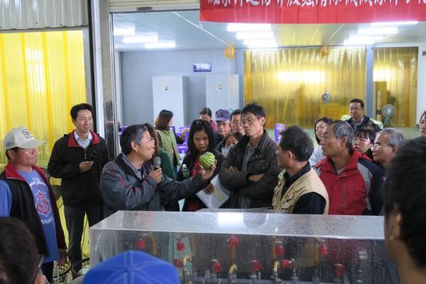 台東農改場發表清除粉介殼蟲機器。(記者黃明堂翻攝)