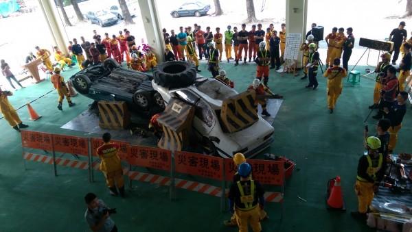 「台灣車禍救援挑戰賽」連續兩天在屏東縣消防局盛大舉辦。(記者湯世名翻攝)