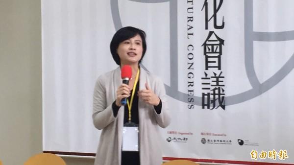 文化部長鄭麗君強調,全國文化會議要聆聽各界意見。(記者羅欣貞攝)